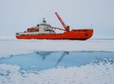 Two research projects sail off in an international scientific expedition to Antarctica