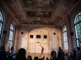 Portrait d'Alexander Vantournhout : savant mélange de cirque et de danse