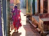Histoire de la microfinance : petit crédit, grande révolution
